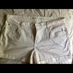 Old Navy White Boyfriend shorts